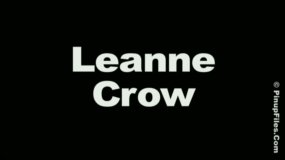 Leanne crow  leanne crow  floral tube top 1  we love watching