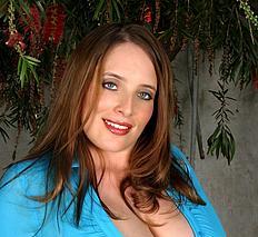 Maggiegreenvol15 maggiegreenskybluebuttonup MaggieGreen-skybluebuttonup.