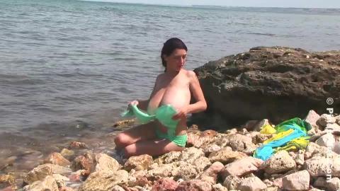 Anya zenkova  anya zenkova  green bikini 1  a picturesque