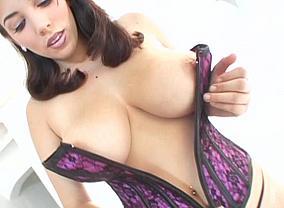 Jelena Jensen undress